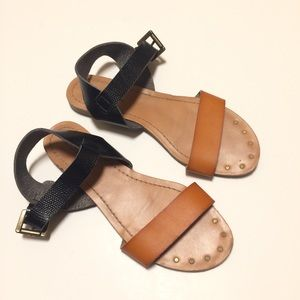 Mossimo Black Brown Ankle Strap Flat Sandals